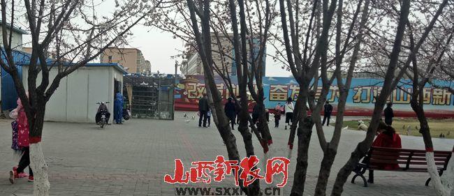 朔州市开发区一单位变身养鸽院 多处房舍涉嫌违建